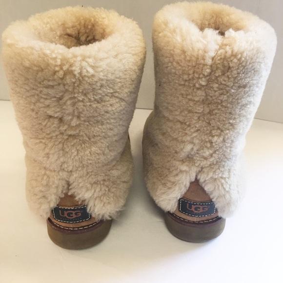 ac7d62894ba UGG Australia Maylin fold over shearling boots